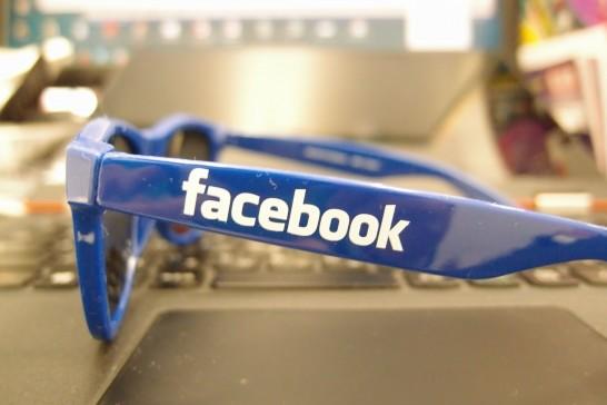 Facebookサングラス3